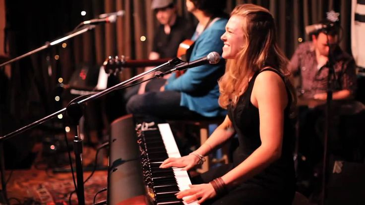 Rachel Platten - Some People Don't Have A Clue - Live at Eddie's Attic