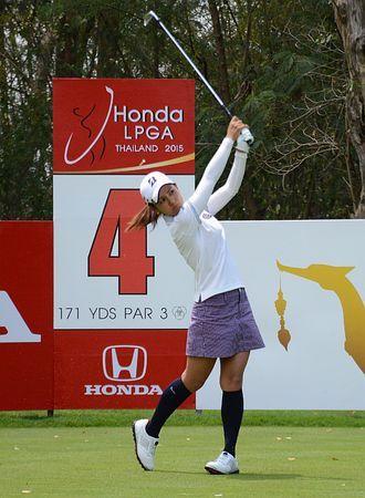 ホンダLPGAの4番でティーショットを放つ宮里藍=26日、タイ・パタヤ ▼26Feb2015時事通信|宮里藍、自画自賛の一打=米女子ゴルフ http://www.jiji.com/jc/zc?k=201502/2015022600896