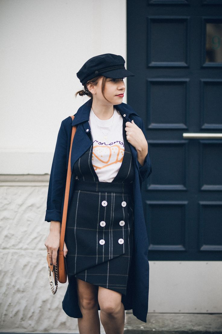 Mixing Different Price Points into One Outfit: Tartan Skirt w/ Statementshirt and Laceup-Boots: https://goo.gl/4iuKUJ