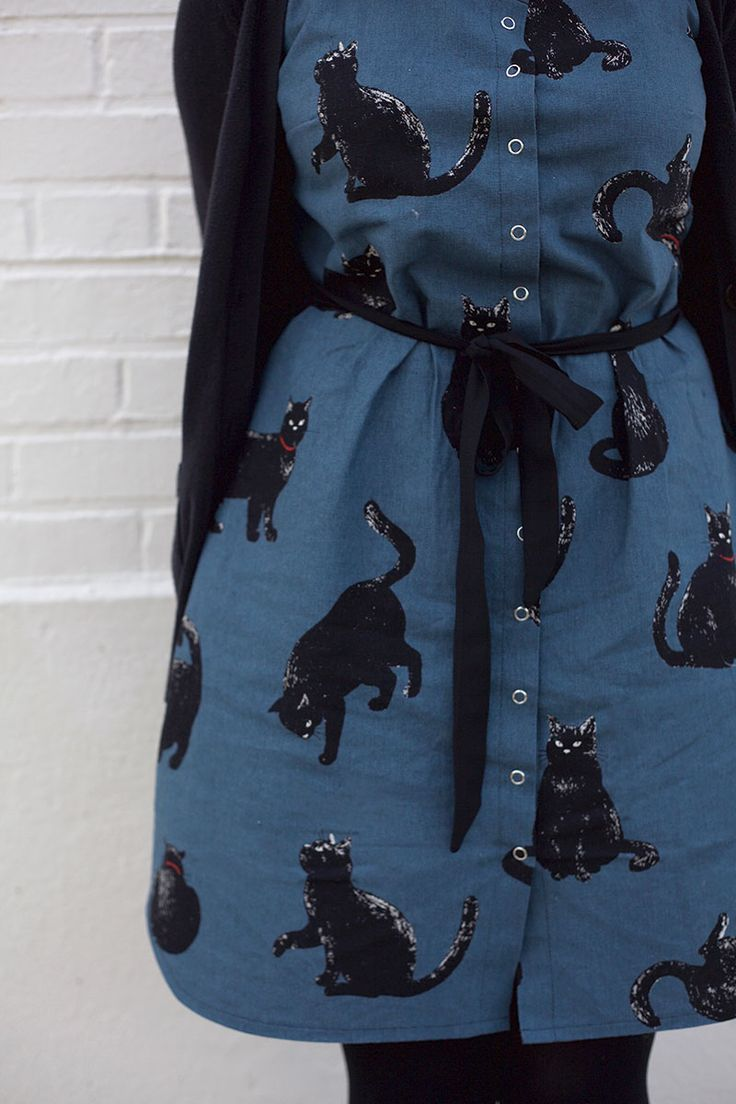 I need black cat fabric like this so my black cat can disapprove of it! What We Made: Volume 8  |  Colette Blog