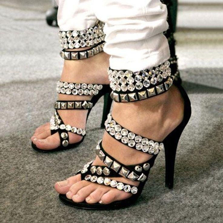 Shoespie Chic Punk Style Rivets Rhinestone Appliqued Dress Sandals