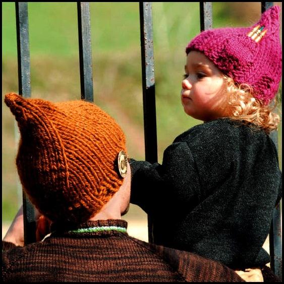 I gemellini http://www.lagravidanza.net/cappelli-e-cappellini-piccoli-stravaganti-e-divertenti.html/bimbo17