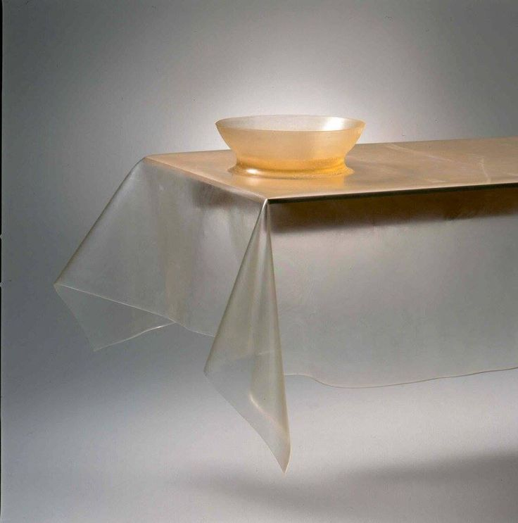 tablecloth with bowl-transparant-polyutherane-by (saar)˚
