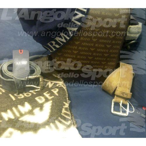 #idearegalo  AlL'Angolo dello Sport in Via Cesare Fracassini 62... ...tanti accessori uomo by Armani Jeans:  - Sciarpe di lana da €100,00 - Cinta scamosciata in beige o blu € 95,00 - Cappello di lana € 65,00 - Tracolla € 115,00  www.facebook.com/angolodellosport