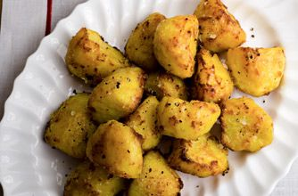 Learn how to make your roast potatoes nice and crispy with Gordon Ramsay's recipe. The chilli and turmeric give the potatoes a little kick. This classic Gordon Ramsay recipe is a real winner when it comes to your Sunday roast. This roast potato recipe serves 8-10 people, perfect for feeding a crowd and will take around 1hr to make in total. Leftover roast potatoes are perfect the next day, mashed and mixed with leftover veggies and fried on a hot frying pan with a drizzle of oil to make…