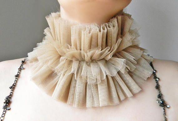 Beige tulle ruffle collar Renaissance Elizabethan collar