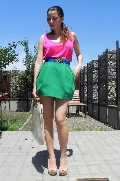 Random-brand-bag-diy-belt-zara-top-zara-skirt-bershka-heels_400Photos, You, Skirts, Random, Heels, Diy, Bags, Belts