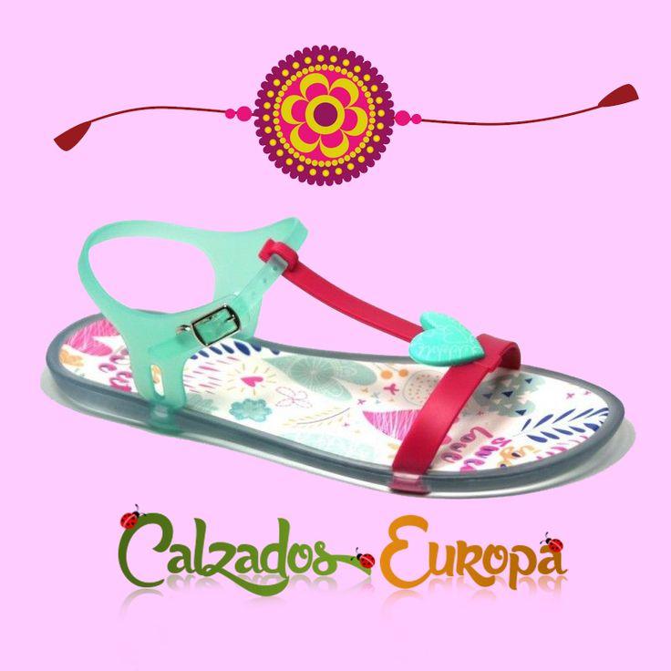 Sandalias de Goma Fucsia-Aguamarina de la marca Igor que son muy 💓  Disponibles en nuestra tienda online desde 20,85€.