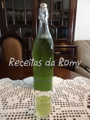 Receitas da Romy: Licor hortelã pimenta