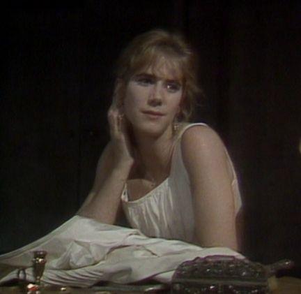 Imogen Stubbs as Ophelia