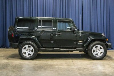 2012 Jeep Wrangler Unlimited Sahara 4x4 - JK