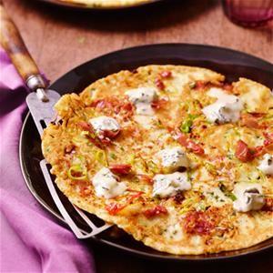 Ga jij liever voor hartige in plaats van zoete pannenkoek? Je kunt kiezen voor dit recept voor Italiaanse kaaspannenkoek.