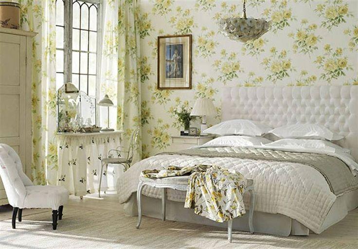 Grön blommigt sovrum