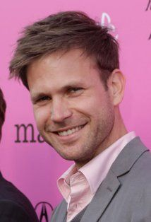 Matthew Davis...Miss him on vampire diaries