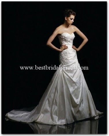 "Blue+by+Enzoani+""In+Stock""+Bridal+Gown+Bulgaria"