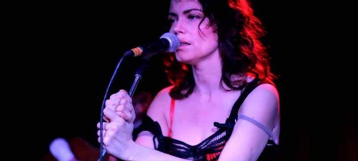 Marina Celeste: Η ντίβα των Nouvelle Vague με tango διάθεση στην Αθήνα [εικόνες]