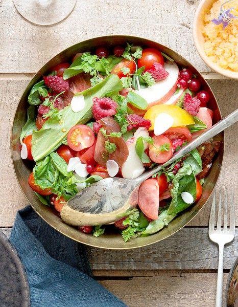 Salade de tomates et fruits pour 10 personnes - Recettes Elle à Table - Elle à Table
