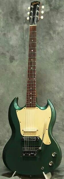 """1968 """"Sam Ash Exclusive"""" Pelham Blue Gibson Melody Maker w/ short Maestro Vibrolux. Gibson now makes an Inverness Green finish that almost has the look of the faded vintage Pelham Blue guitars."""