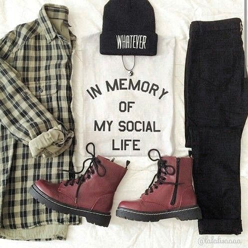 Casual and Grungy Look for the Fall and Winter (minus the hat)