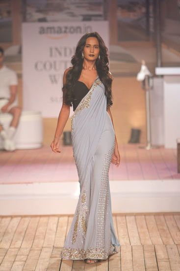 Monisha Jaising | Vogue India | Section :- Fashion | Subsection :- Fashion Shows | Author : - Vogue Staff | Embeds : - text-image | Covers : - no_cover | Publish Date:- 08-01-2015 | Type:- Article
