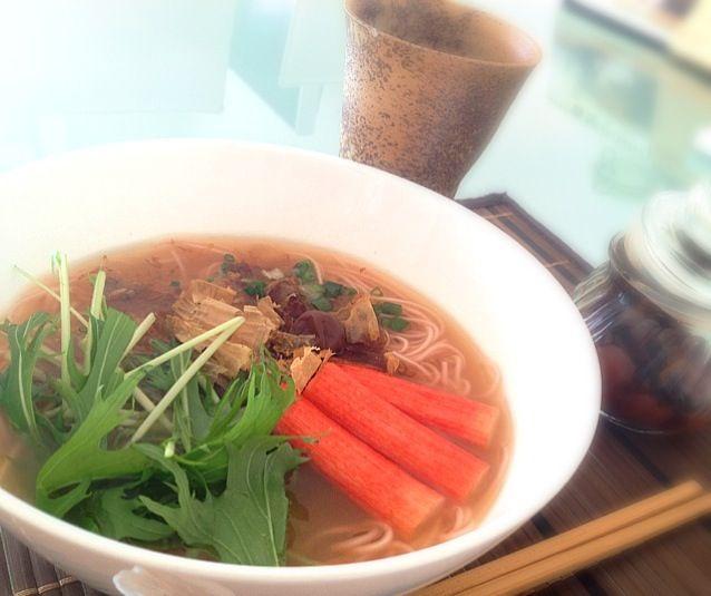 カップ麺より早くできるかも ~(・・?))  一人分で レシピのせてみました(笑) - 82件のもぐもぐ - 梅そうめん汁 柚子胡椒風味( ´ ▽ ` )ノ by kumonSasa