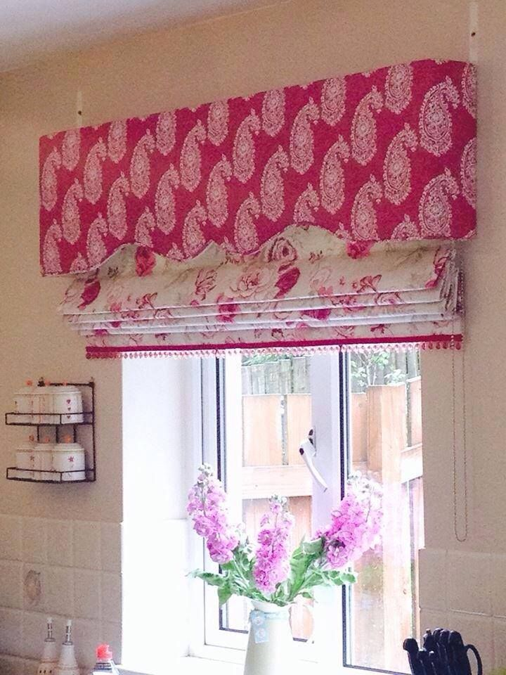 Gorgeous upholstered pelmet and roman blind both from Fc ain company, The Fabric centre. Buy on line at www.fccurtaincompany.com