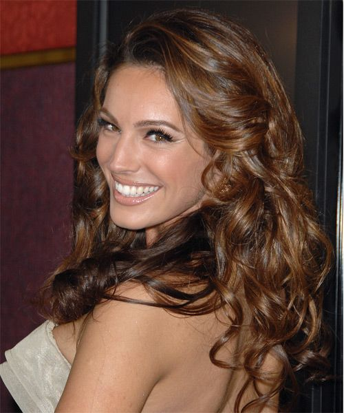 Kelly Brook -  Hairstyle - side view