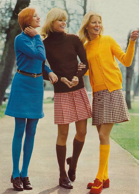 1970s fashion looks | 1970s fashion | Tumblr So fresh, these look bring us feeling of smth new, lively and sporty ....Cute!! vintage fashion style color photo print ad model magazine 60s 70s mod blue brown red yellow plaid pleats knee socks sweaters