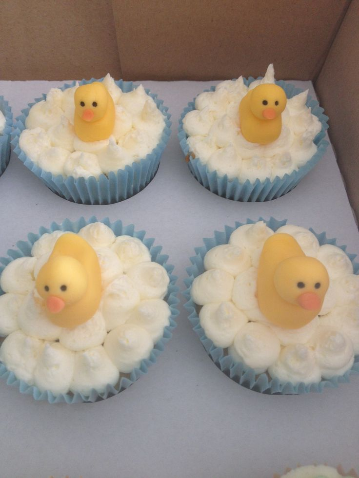Rubber duck cakes