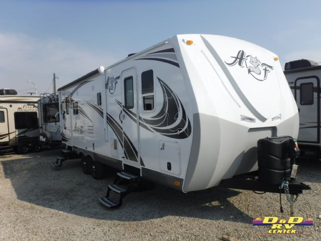 New 2018 Arctic Fox 25Y 4 season travel trailer with a slide out.
