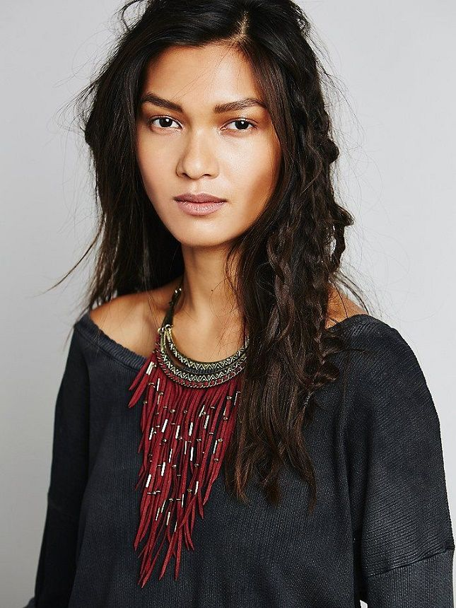 Dress up any winter outfit with this suede fringe necklace.