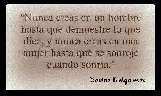 """Esta es mi sonrisa, la mas sincera de todas la que nunca miente, la que TU mirabas y decias """"vengo por mi dosis"""" la que dejo de ser... Sabina"""