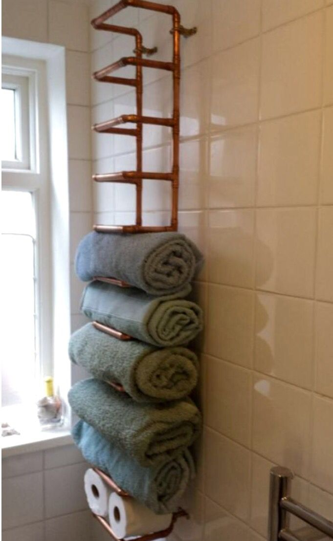 Industrial pipe style towel shelf