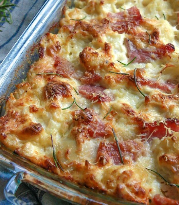 Chicken Cordon Bleu Casserole   17 Low Carb Casseroles   https://homemaderecipes.com/low-carb-casseroles-easy/
