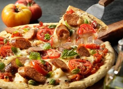 This pizza takes the Margherita flavor—a combination of tomatoes, basil, and Mozzarella cheese—and gives it a Johnsonville upgrade! The Mild Italian Sausage Links are beautifully spiced to give this pizza favorite a more filling flavor. The addition of garlic, parsley, and oregano truly takes the Margherita pizza to new heights.