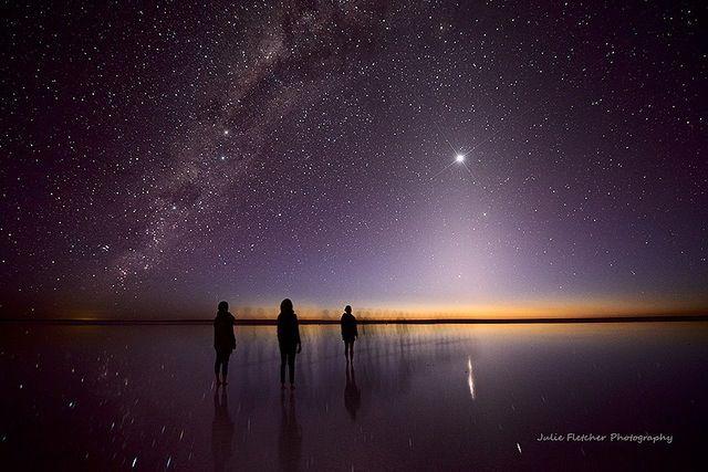 The Astronomy Photographer Of The Year 2014 準優勝作品:「Lost Souls」> 南オーストラリア州の「エーア湖」で撮影された天の川の写真