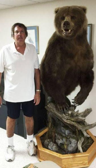 Jeff Frye standing w/ his Alaskan Brown Bear mounted by #MatuskaTaxidermyStudio #TomMatuska #Taxidermy #taxidermysupplies