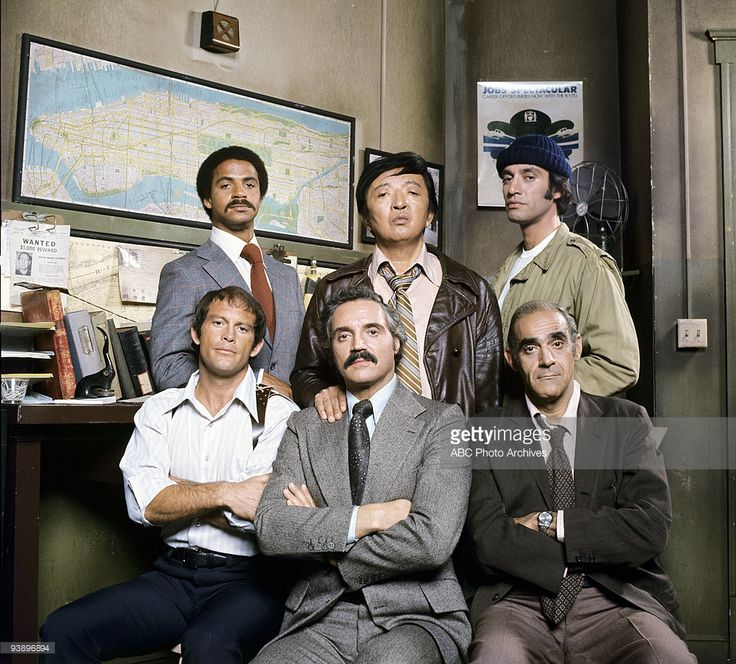 MILLER - cast gallery - 1/23/75, 'Barney Miller' sprung from a pilot that aired as a special on ABC in 1974 called 'The Life and Times of Captain Barney Miller'. Pictured, top row: Ron Glass (Det. Ron Glass), Jack Soo (Det. Nick Yemana), Gregory Sierra (Det. Sgt. Chano Amenguale); bottom row: Maxwell Gail (Det. Stanley 'Wojo' Wojohowicz), Hal Linden (Capt. Barney Miller), Abe Vigoda (Det. Phil Fish),
