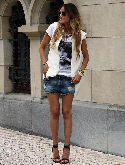 Zara Vest, Eleven Paris T Shirt