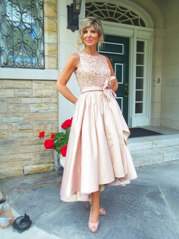 Mother of the Bride: Sleeveless Satin High Low Dress with Bow Detail