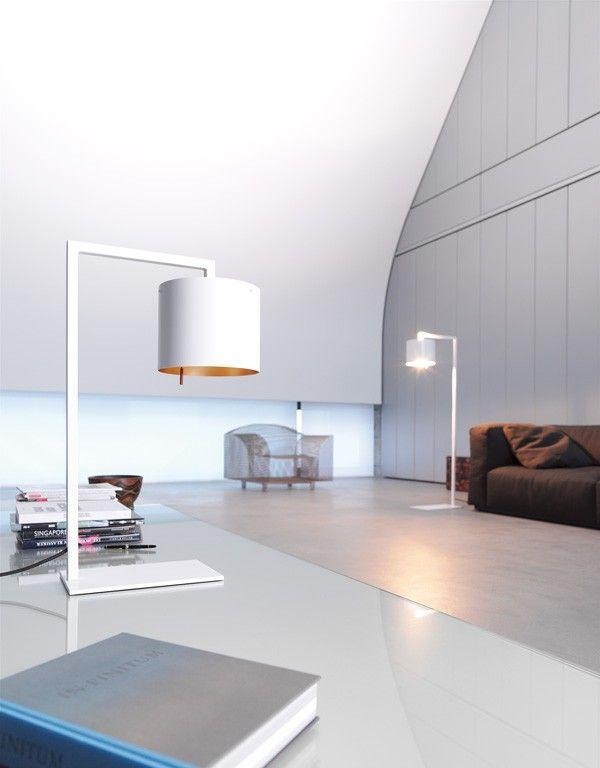 De #Anta Afra is een #tafellamp met een stijlvolle uitstraling. De Afra is gemaakt van wit of zwart metaal. De binnenkant van de lampenkap is beschikbaar in goud of zilver. Afra maakt het mogelijk om het licht dimbaar te maken. Met een maximum van 75 Watt is deze #vloerlamp een aanwinst voor ieder #interieur. Afmetingen: 680x420 cm. #GilsingWonen #design #wooninspiratie