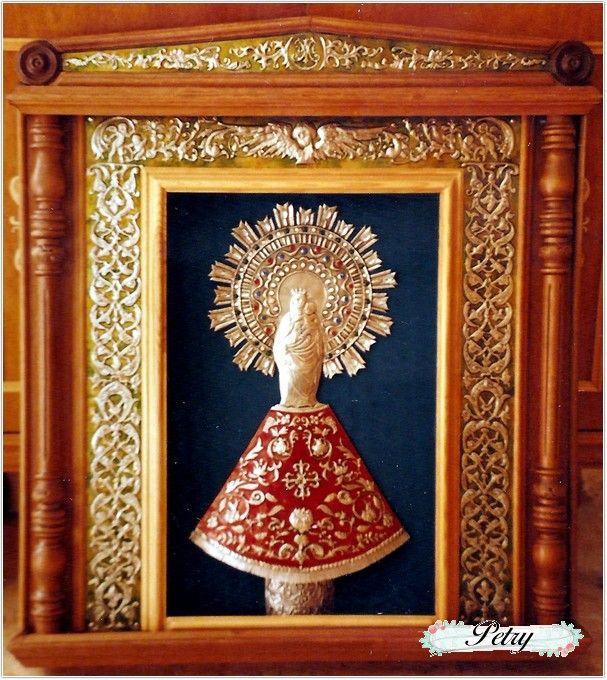 Virgen del Pilar. Estaño repujado y madera. www.petry.es