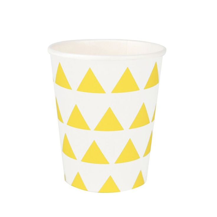 Yellow Triangle Cups (8 Pack) – Lucky Lulu Party Shop