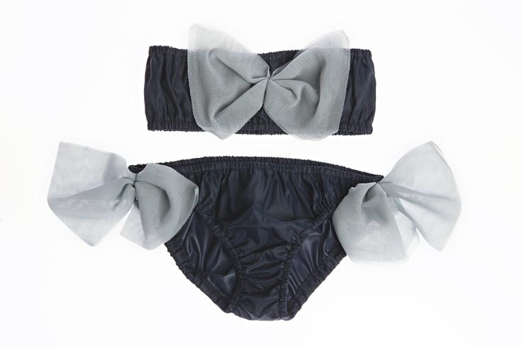 Stoere blauwe bikini - La stupenderia Milano - www.eleganzaforkids.nl - by Rosalie Mijnheer