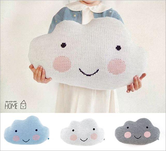 kokokoKIDS pillow clouds. i love this blog. translate to english. so sweet!