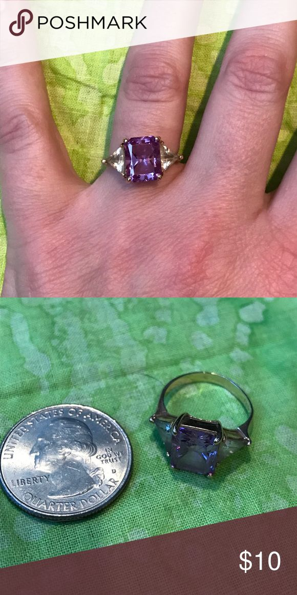 Purple stone ring Costume jewelry ring with purple and clear stones, gold tone Jewelry Rings