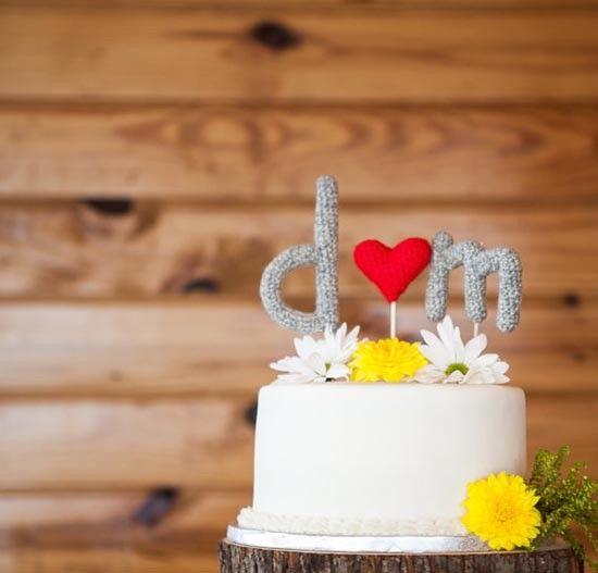 Cake topper uncinetto amigurumi iniziali. #crochet #wedding
