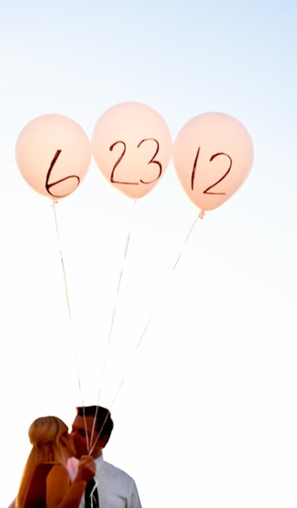 cute idea for wedding save the dates: Engagement Pictures, Save The Date, Engagement Photo, Photo Ideas, Wedding, Cute Ideas, Baby Announcements, Date Ideas, Balloon