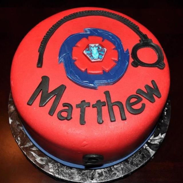 Beyblades cake personalized/Jakob would love it!