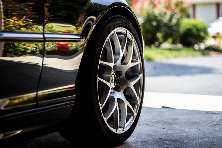 ❕ Black Rubber Tire on Gray Asphalt Road - new photo at Avopix.com    🆗 https://avopix.com/photo/33653-black-rubber-tire-on-gray-asphalt-road    #wheel #car wheel #boundary #machine #tire #avopix #free #photos #public #domain